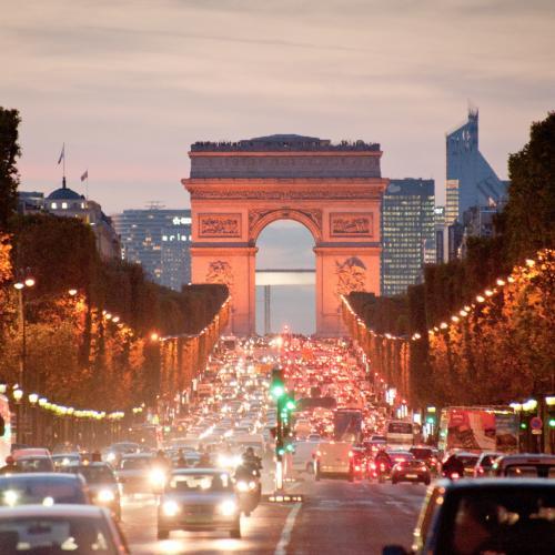La descente des Champs Elysees